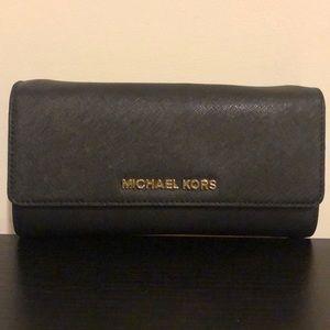 💯 authentic MK wallet